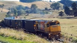 preview picture of video 'A Single Dc 4012 on Train 561 From Wanganui'