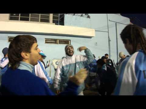 """""""LA HINCHADA DE TEMPERLEY"""" Barra: Los Inmortales • Club: Temperley"""