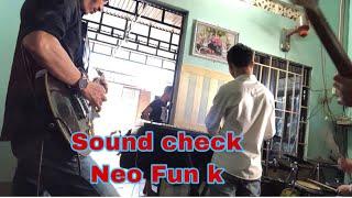 thai-tuan-vdrum-nhac-song-dam-cuoi-cung-team-sound-check-nge-suong-lo-tai
