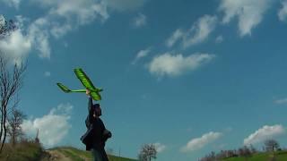 preview picture of video 'Volo aliante rc in termica 30/03/2011'