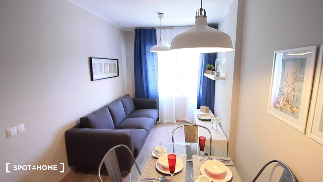 3-bedroom refurbished apartment for rent in Horta Guinardó, Barcelona