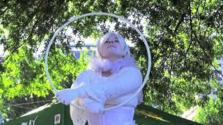 Living Art Statue Performer