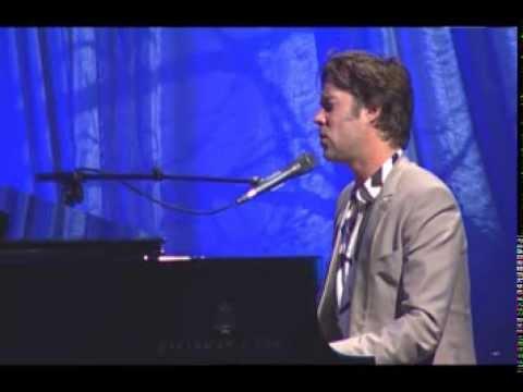 Rufus Wainwright- Hallelujah (Live at 2013 Captain Planet Foundation Benefit Gala)