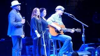 "James Taylor @the ConstantCenter 11/25/14  ""Wild Mountain Thyme"""