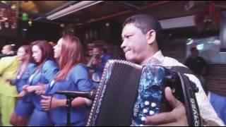 Juan Piña - Como Quieres Que Te Olvide (En Vivo)