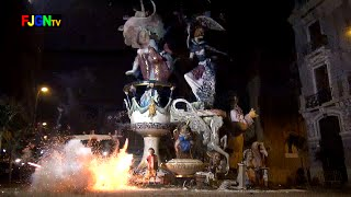 preview picture of video 'Crema Fallas 2015 - Falla Club 53 (Primer Premio) - Burriana (19-03-2015)'