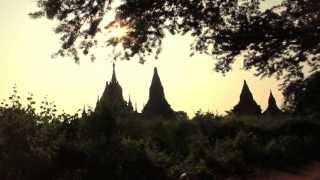 preview picture of video 'Amanece la vida en Bagan (Bagan´s life dawns) - Myanmar - (Birmania/Burma)'