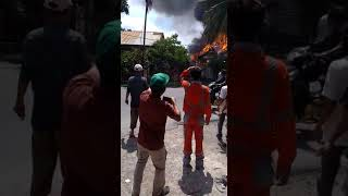 [VIDEO] Rumah Warga Lhoknga Ludes Terbakar Siang Tadi