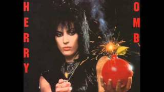 Joan Jett and the Blackhearts - Cherry Bomb with lyrics