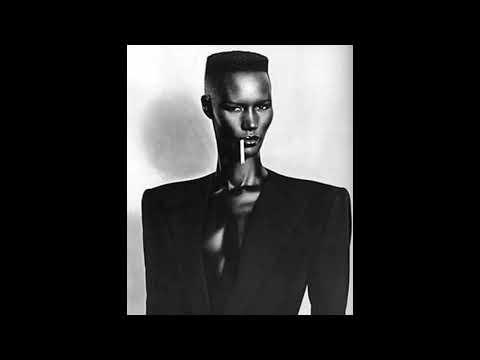 Grace Jones - Williams Blood (Aeroplane Remix)