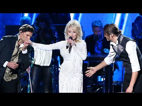 Dolly Parton's 'God Only Knows' Inspires at the 2019 CMA Awards