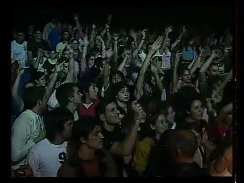 Los Auténticos Decadentes video Los piratas - Teatro Coliseo 2006