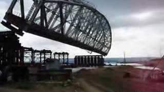 Смотреть онлайн Демонтаж моста в Ульяновске: 2007 год