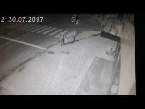 Пешеходу очень повезло