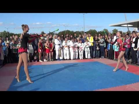 Художественная гимнастика/показательное выступление ДЮСШ №2/День физкультурника-2015