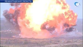 На полигоне Западного военного округа в Луге масштабно отметили День ракетных войск и артиллерии