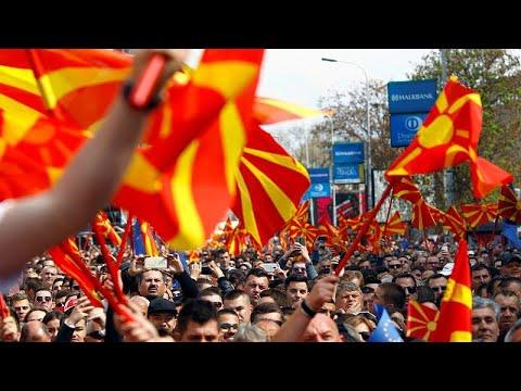 Σε προεκλογικό πυρετό τα Σκόπια