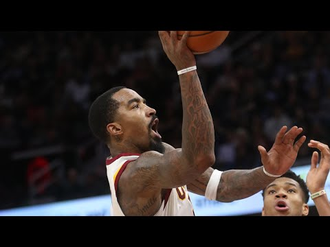 J.R. Smith has breakout game in Cavs win over Bucks