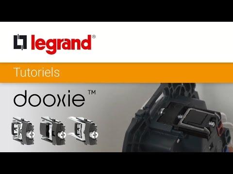 Double interrupteur ou va-et-vient dooxie 10AX 250V~ finition blanc