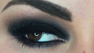 Easy! Grunge Black Eyeshadow