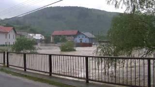 preview picture of video 'Povodeň Krompachy 2010 - Stará Maša'