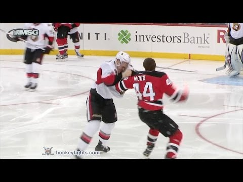 Miles Wood vs. Mark Borowiecki
