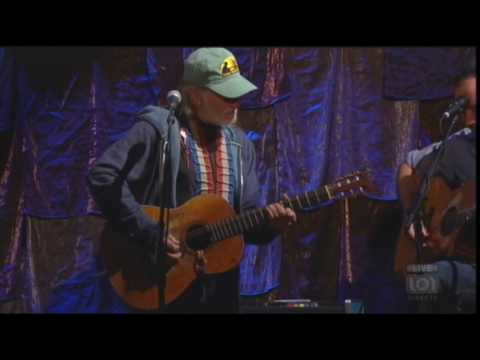GRAVEDIGGER-Dave Matthews, Tim Reynolds and Willie Nelson
