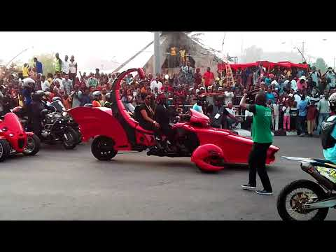 Download 2017 Calabar Carnival : Ben Ayade Appear In Scorpion Like Bike HD Mp4 3GP Video and MP3