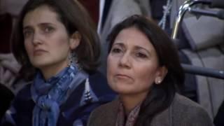 """Con el Prelado en Uruguay: encuentro en el gimnasio del colegio Monte VI (clip 12/14, 1'30"""")"""