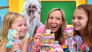 Special Delivery at the Pretend Toy Hotel of Shopkins Mini Packs