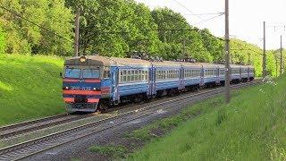 [БЧ] Электропоезд ЭР9Е-638 на о.п. Роща / [BCh] ER9E-638 EMU at Roshcha stop