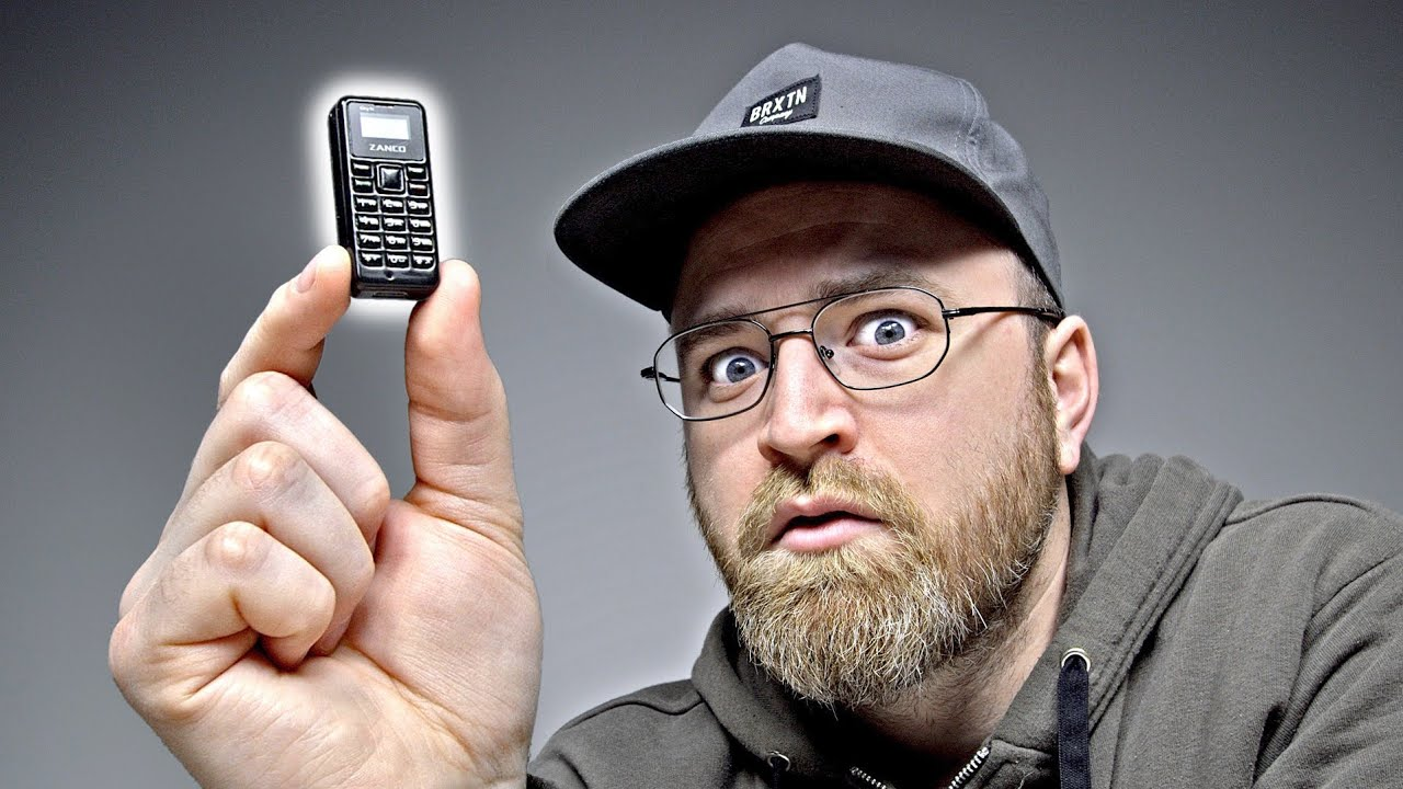 Unboxing The World's Smallest Phone thumbnail