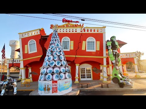 Weirdest Place In Branson ! Ripley's Believe It Or Not - Inside The Odditorium Of Missouri