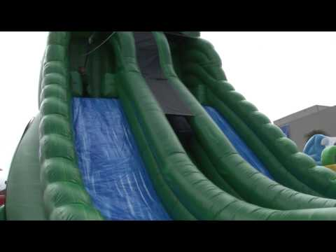 eInflatables shows off Inflatable Zipline at IAAPA 2013