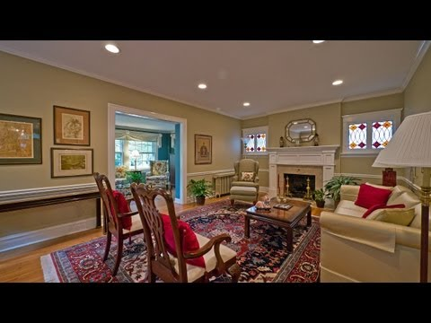 A renovated and expanded East Wilmette classic