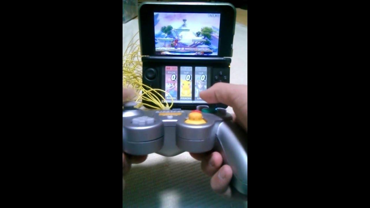 This Man Is Using A GameCube Controller To Play Smash Bros. On The 3DS