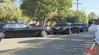 Jackson family heads to memorial