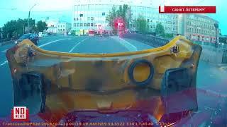 Болельщик Хавьер и друзья попали в ДТП в Питере - эксклюзивное видео с регистратора