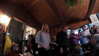 Taylor Swift live concert, big surprise!