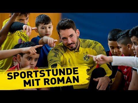 """It's been pure joy!""   Roman Bürki visits a primary school"