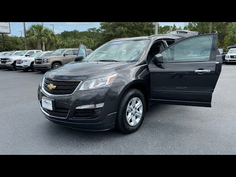 Certified Pre-Owned 2017 Chevrolet Traverse AWD 4dr LS