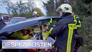 Auto muss komplett zerlegt werden: Jede Sekunde zählt! | Die Spezialisten | SAT. 1 TV