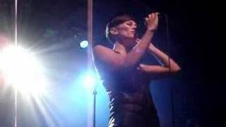 Dragonette - True Believer - Live (4 of 15)