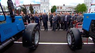 Лукашенко посетил Минский тракторный завод