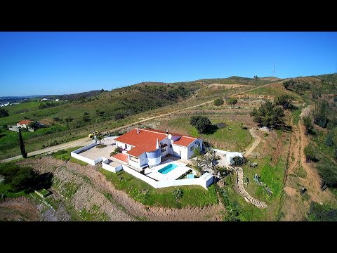 Spacious 3 Bedroom Home With Great Views