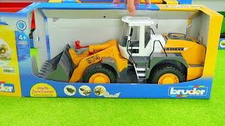 ExtremTraktoren,MüllAuto,GrubenAutos,Krankenwagen,MegaMuldenDumper,BauMaschinen,SchwerLastMaschinen