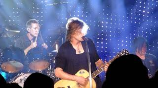 All That You Are - Goo Goo Dolls Live HD Reno, NV 8/25/2011
