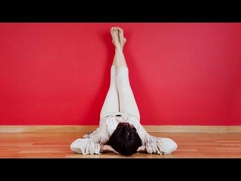 Почему НУЖНО закидывать ноги НА СТЕНУ?!