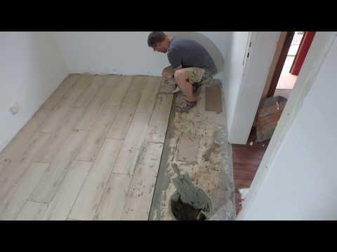 Fliesen legen : Große Fliesen Holzoptik Nass-in-Nass Fußboden