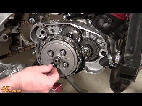 Tuto Remplacement et réglage de la garde du câble d'embrayage sur une moto 50cc (AM6)